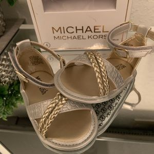 Size 4 MK Michael Kors BABY MILLIE sandals NWT